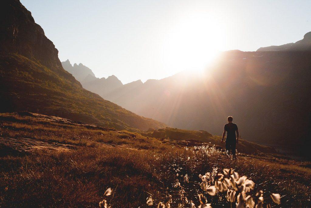 Abbigliamento escursionismo: protezione raggi uv