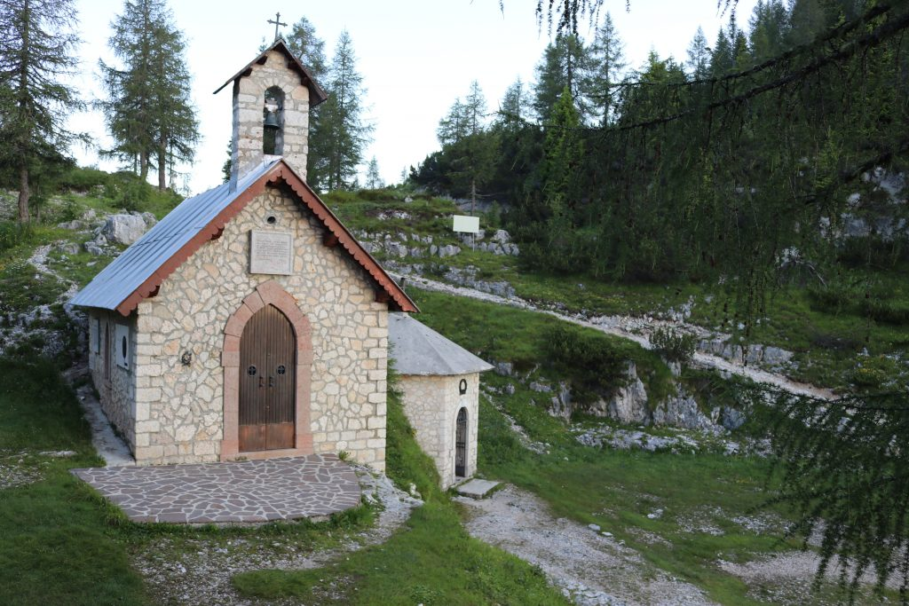 Monte Ortigara: chiesetta Lozze