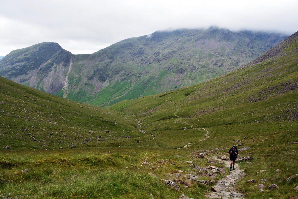 Camminare in Montagna rassoda i muscoli