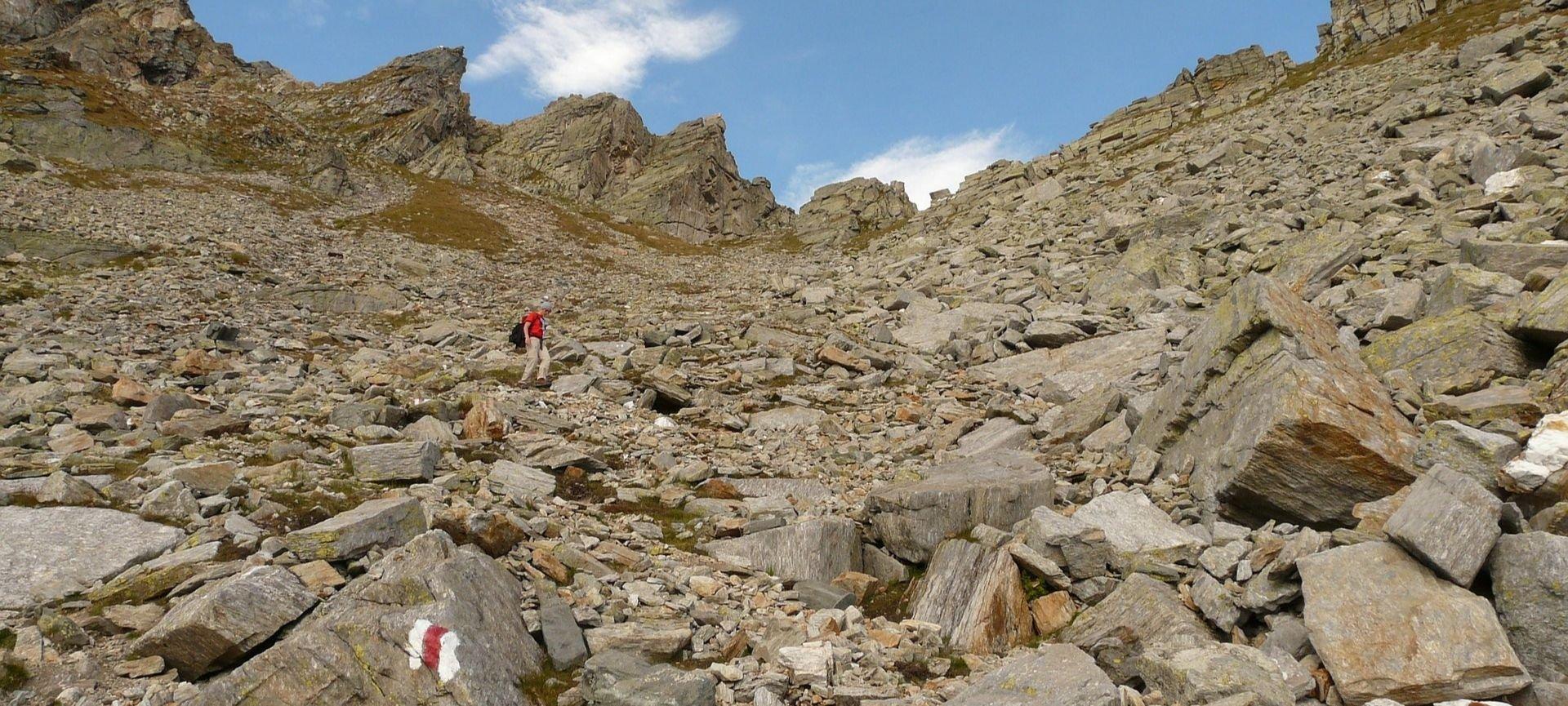 dolori alle gambe dopo una camminata in montagna